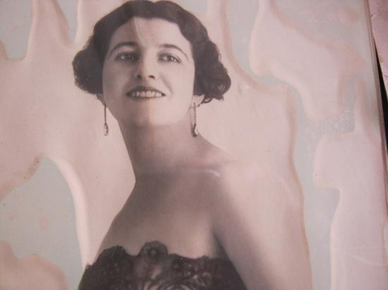 Mme Monossohn d'Estainville