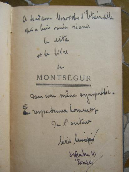 Dédicasse du duc de Levis Mirepoix à Mme Monossohn d'Estainville